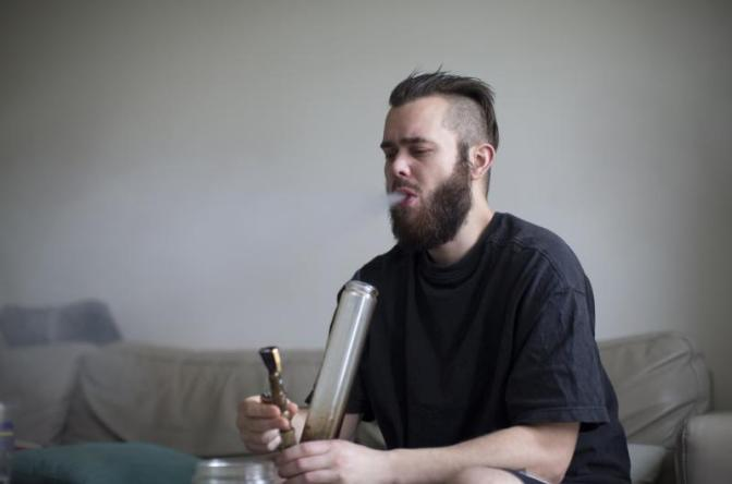 Aspiring Weed Vlogger, For the Life of Him, Cannot Find Tertiary Hobby To Base Channel On